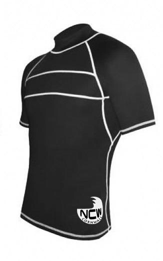 short sleeve rash vest in black SPF50+