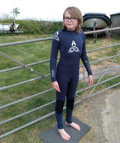 OShea prisma kids 543 winter wetsuit